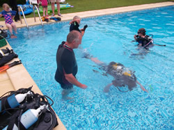 Awsome PADI courses available in france www.lavendange.com